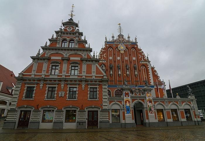 5 Riga Blackheads
