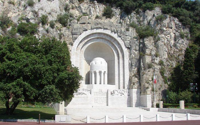 1 Nice Monument
