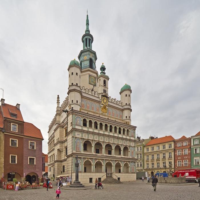 11 Poznan Hall
