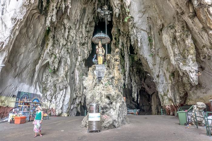 12 Batu caves