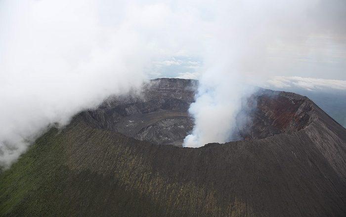 2 Nyiragongo