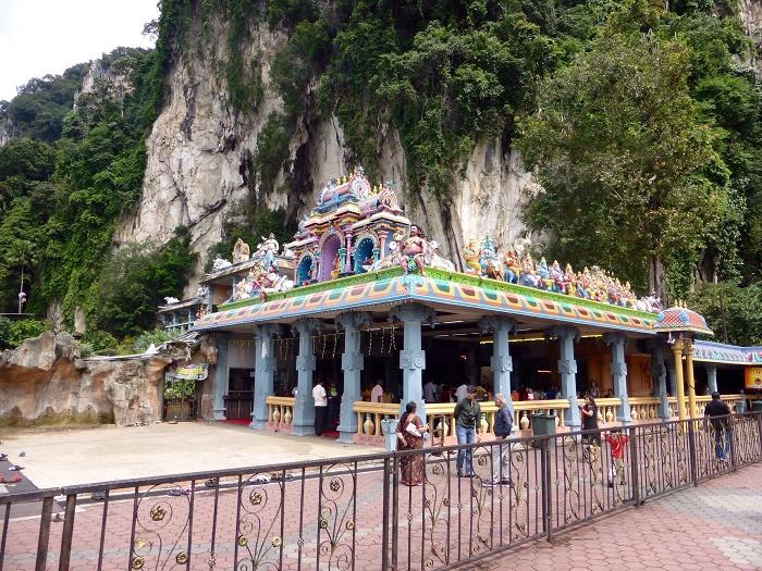 8 Batu Caves