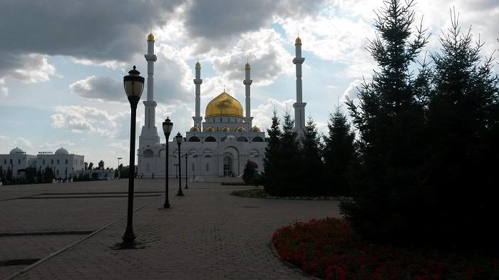 8 Nur Astana