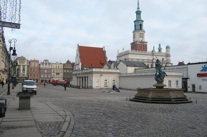 8 Poznan Hall