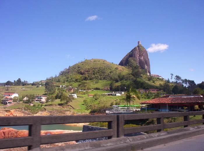 1 Guatape Rock