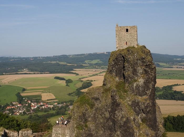 1 Trosky Castle