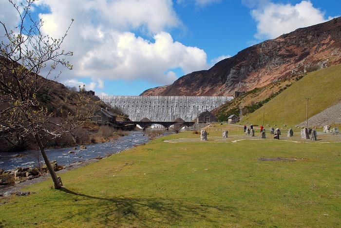 12 Elan Reservoirs