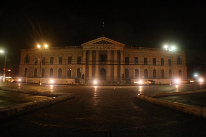 2 Palace Salvador