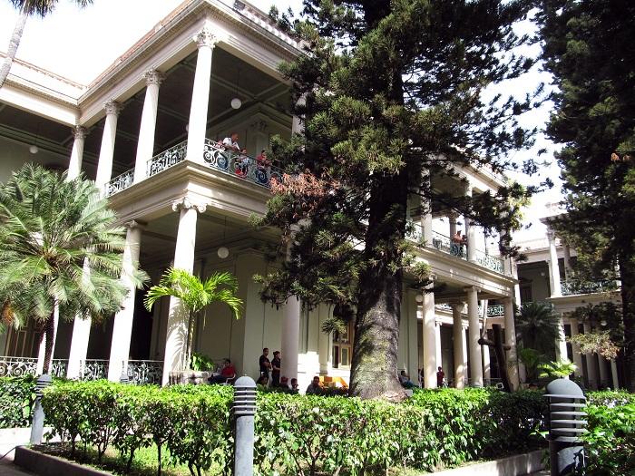 5 Palace Salvador