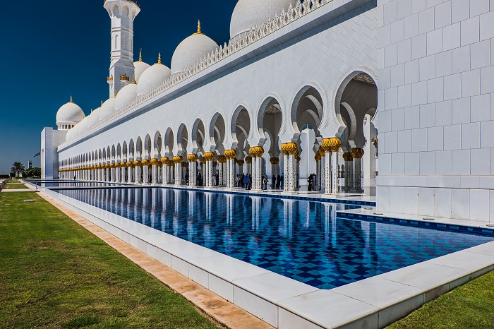 6 Zayed Mosque