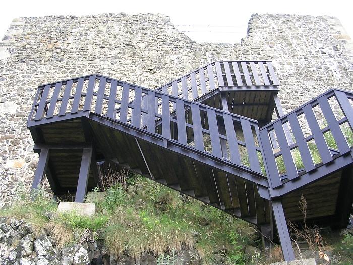 7 Trosky Castle