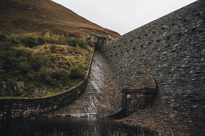 8 Elan Reservoirs