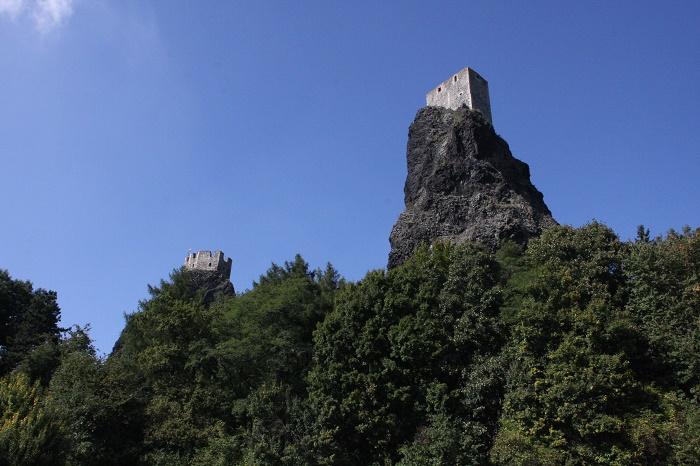 9 Trosky Castle