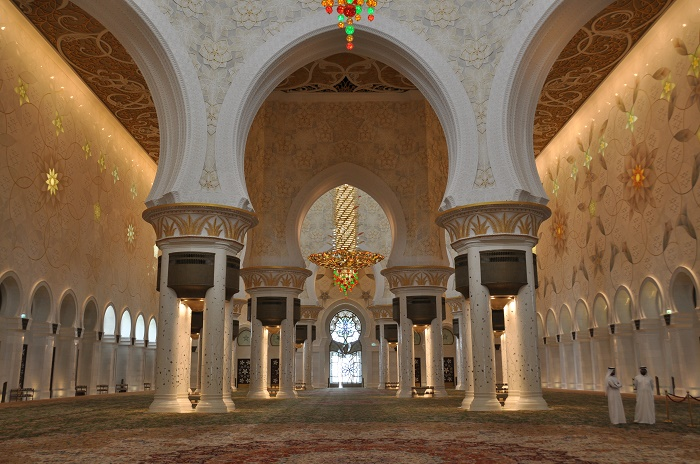 9 Zayed Mosque