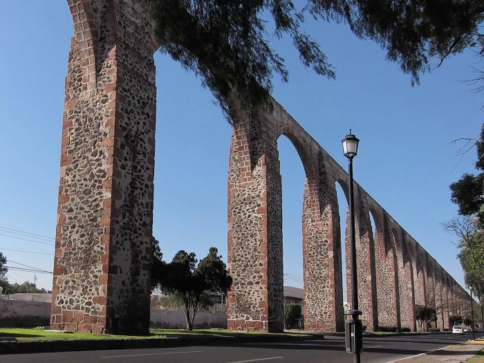 5 Queretaro Aqueduct