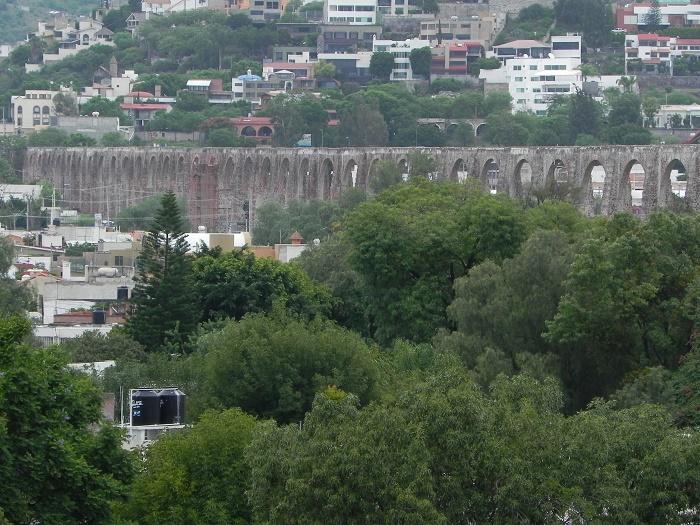 6 Queretaro Aqueduct