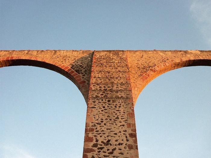 8 Queretaro Aqueduct