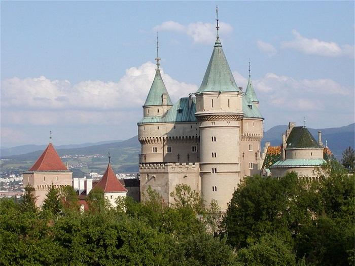 5 Bojnice Castle