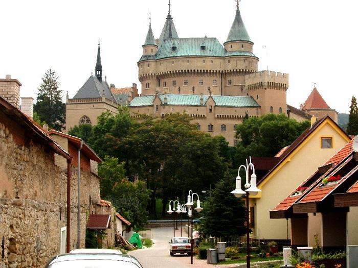 6 Bojnice Castle