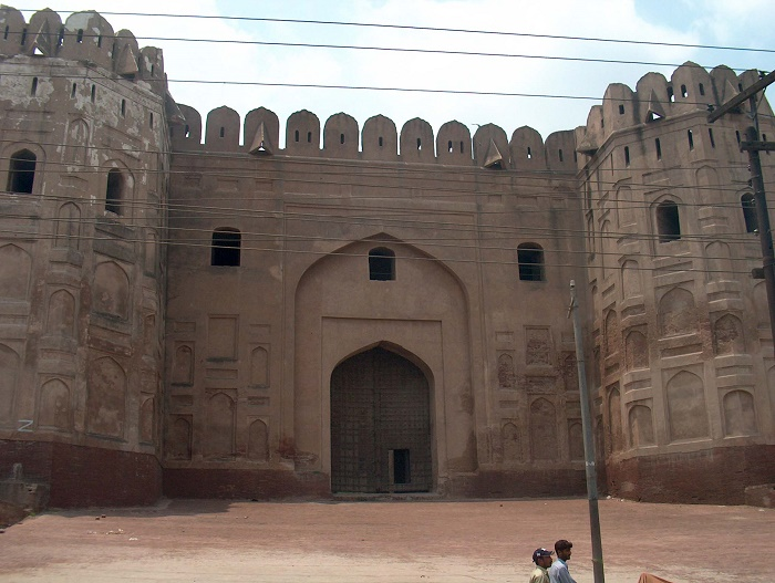 16 Lahore Fort