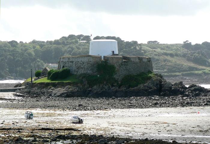 2 Fort Grey