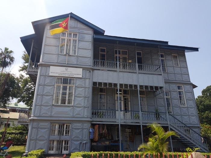3 Casa Ferro