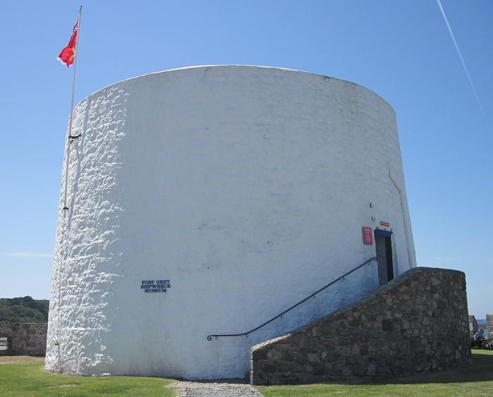 5 Fort Grey