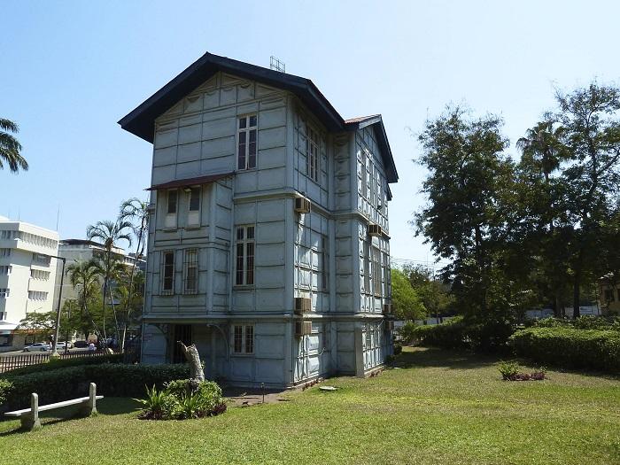 8 Casa Ferro