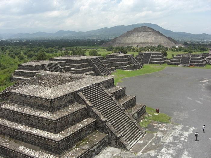 10 Pyramid Sun