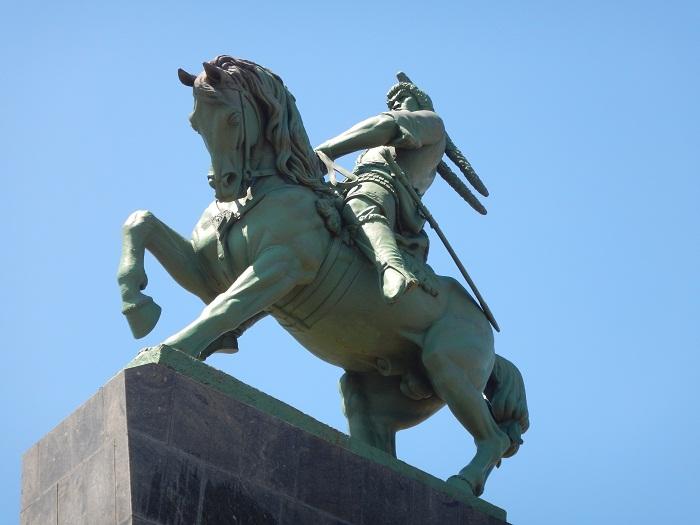 2 Salavat Statue