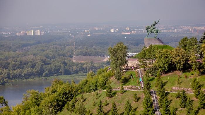 4 Salavat Statue