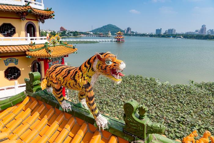 11 Taiwan Pagodas