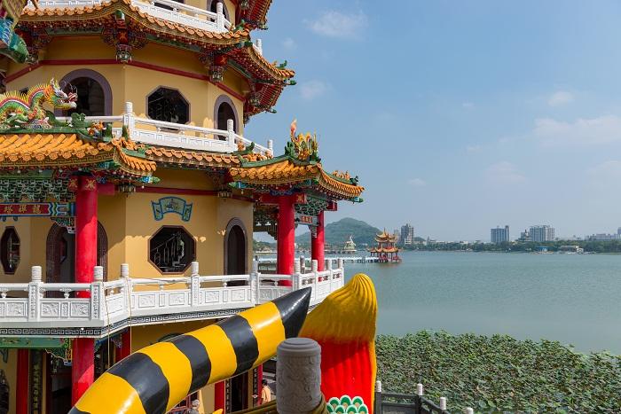 6 Taiwan Pagodas