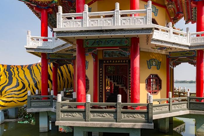 9 Taiwan Pagodas