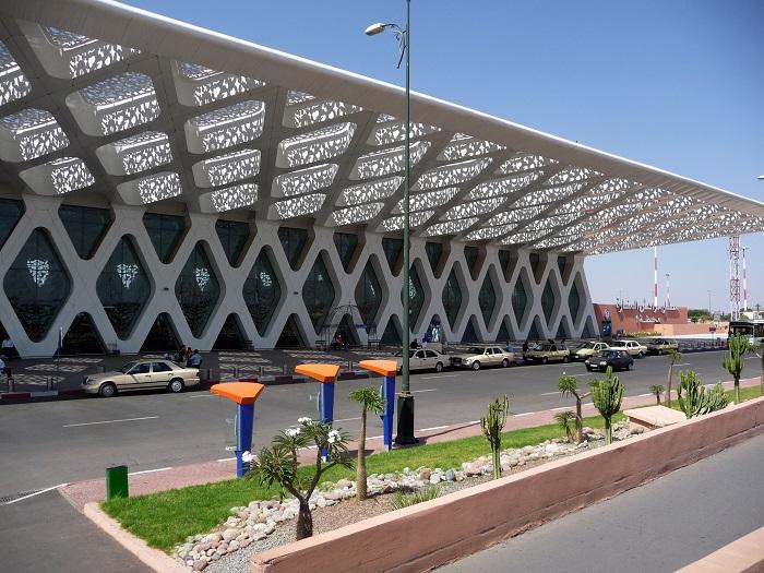 10 Menara Airport