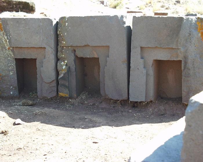 15 Tiwanaku