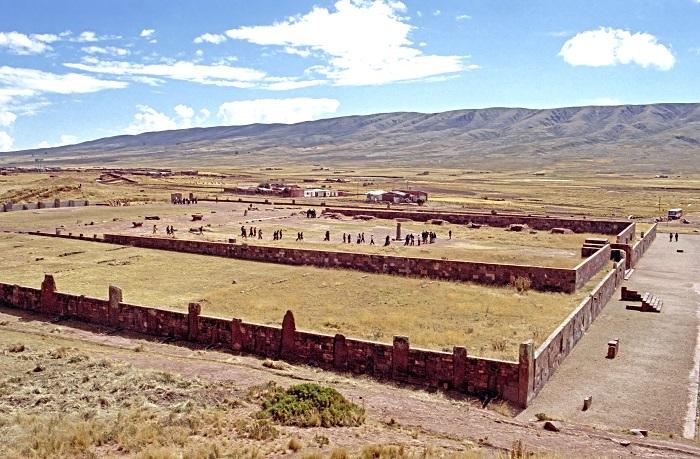 18 Tiwanaku