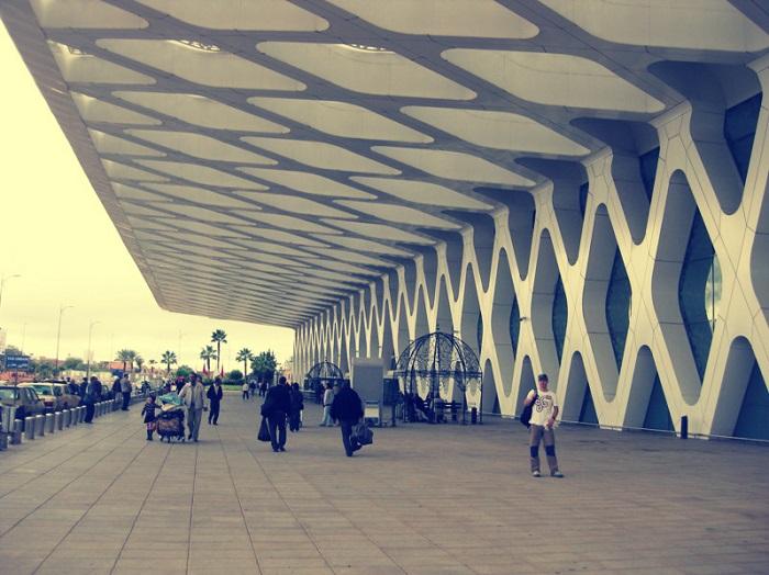 2 Menara Airport