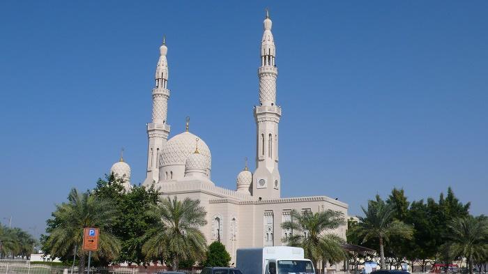 3 Jumeirah Mosque