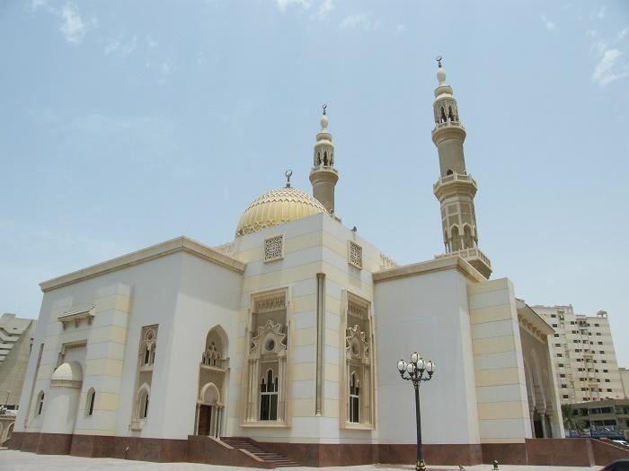 4 Jumeirah Mosque