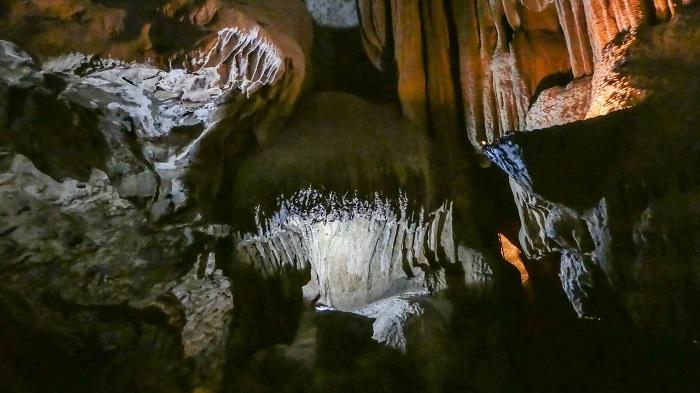 5 Hato Caves