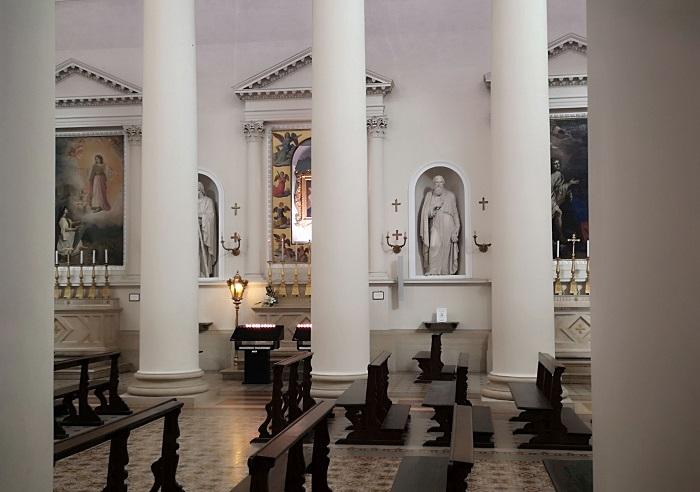 4 San Marino Basilica