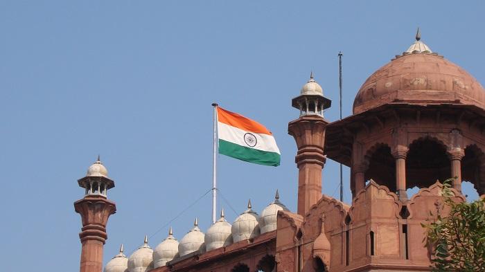 3 Red Delhi