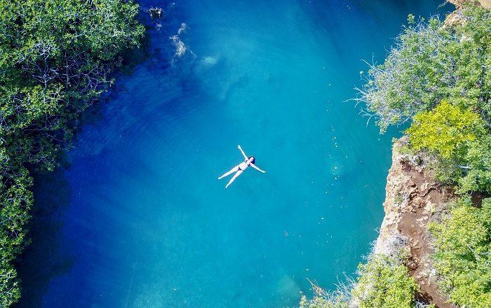 2 Blue Bermuda