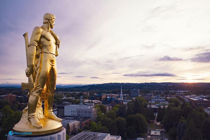 3 Oregon Capitol