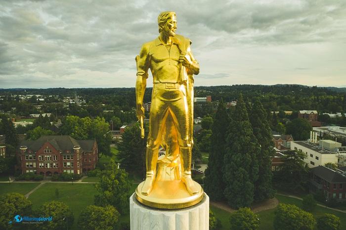 4 Oregon Capitol