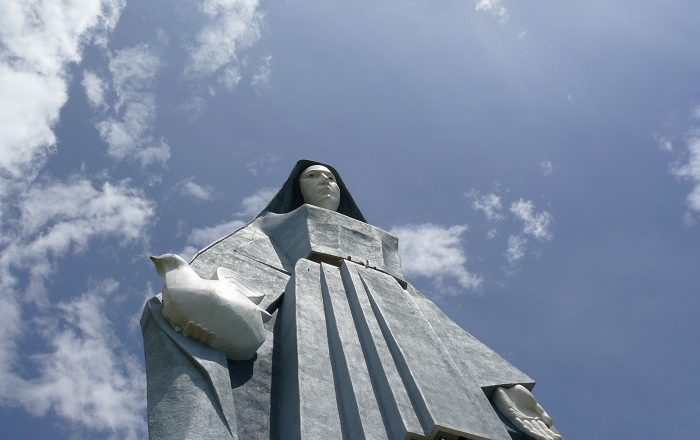 8 Virgen Paz