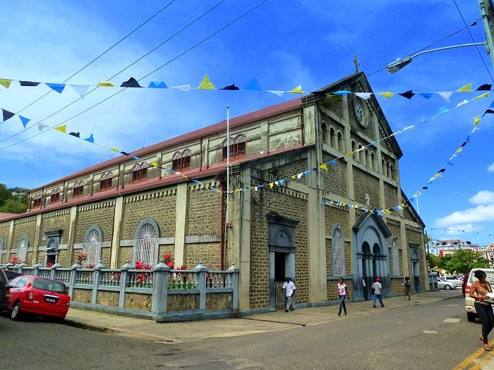 11 Castries Church