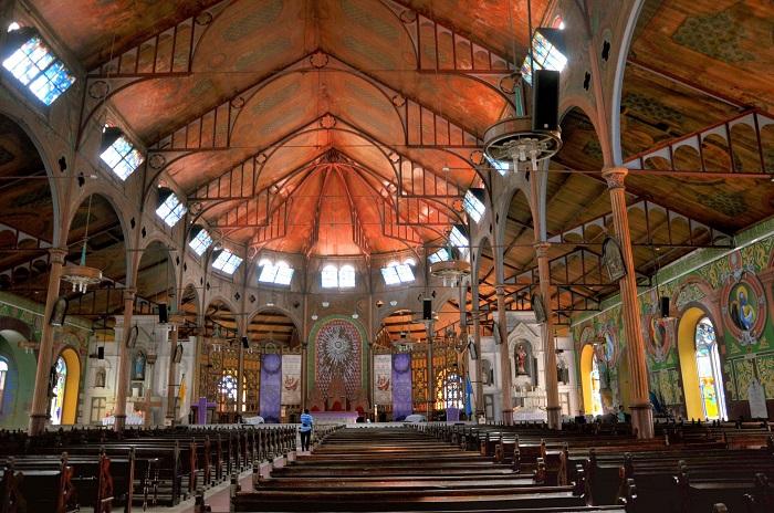 3 Castries Church