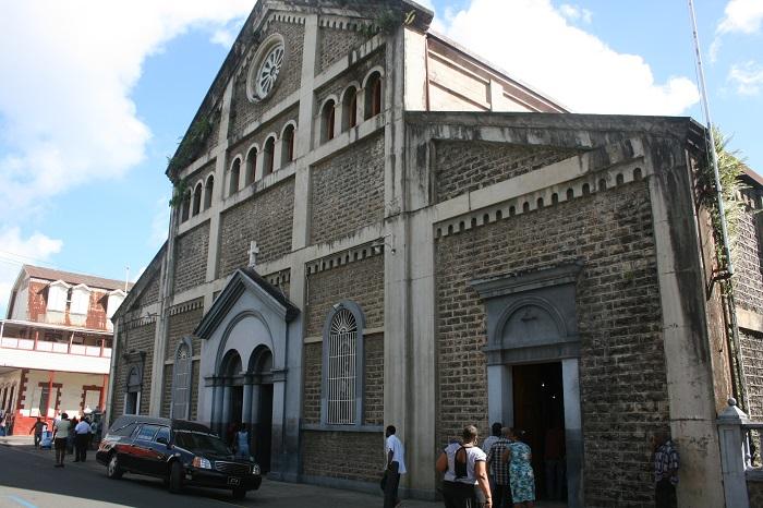 8 Castries Church